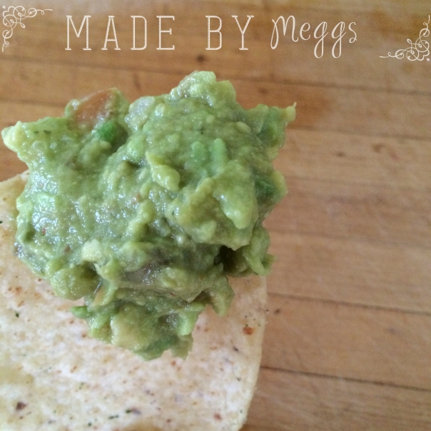 Easy Healthy Gucamole - More at MadeByMeggs(dot)com (1)