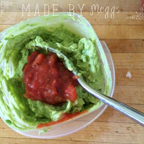 Easy Healthy Gucamole - More at MadeByMeggs(dot)com (2)