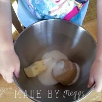 Oatmeal Whatever Bars Recipe at MadeByMeggs(dot)com (3)