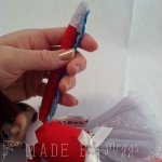 09 Elf on the Shelf Bendy &Sticky Revamp - More at MadeByMeggsDOTcom