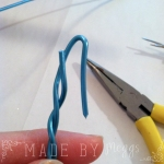 7 Elf on the Shelf Bendy &Sticky Revamp - More at MadeByMeggsDOTcom